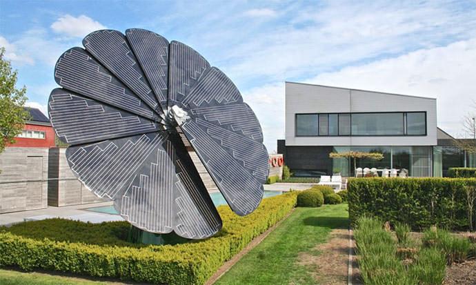 """Il """"girasole"""" artificiale che produce energia pulita. 50 volte più efficiente dei normali pannelli."""