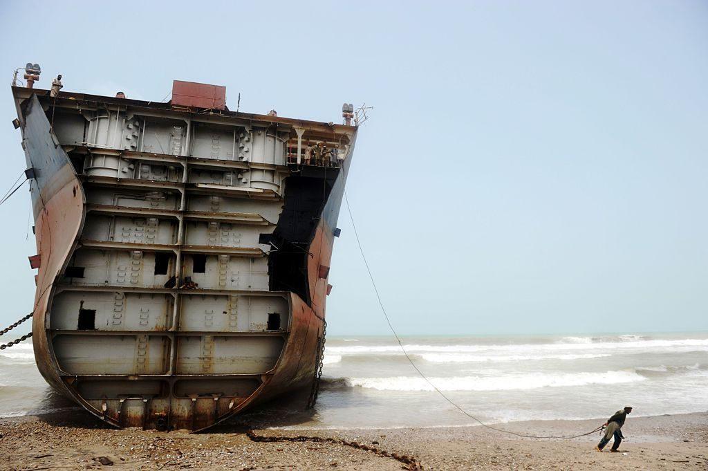 Dove muoiono le grandi navi: 2018 anno record di 'spiaggiamenti' in Far East. Un rischio enorme per lavoratori e ambiente