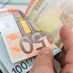 Interessi negativi, euro botta da 25 miliardi per le banche