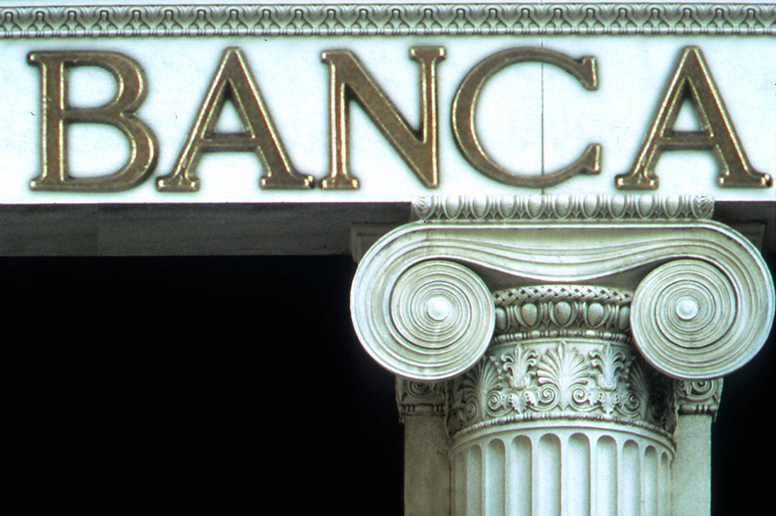 Tribunale UE annulla decisione SRB su contributi banche