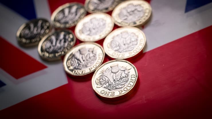 Sterling hits $1.40 for the first time in nearly three years